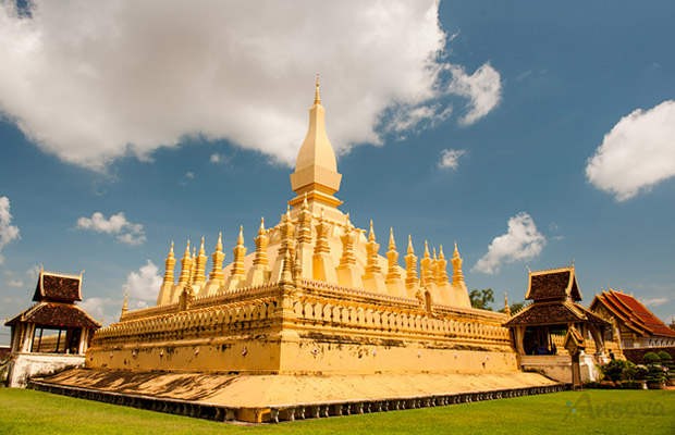Amazing Cambodia and Laos Highlights Tour
