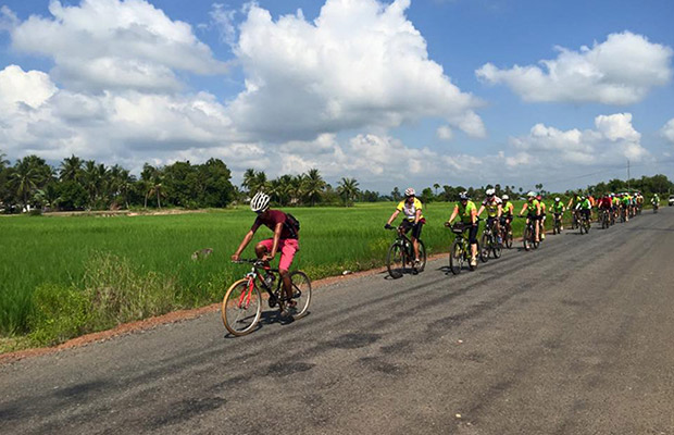 Battambang Cycling Day Tour