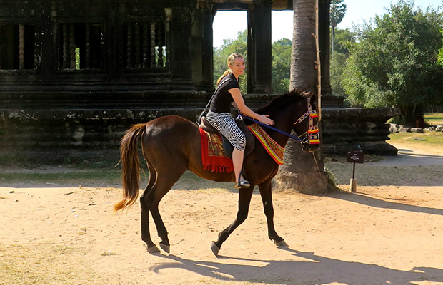 Cambodia Family Package Tour with Horse Riding