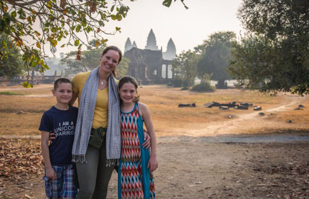 Discover Angkor Family Best Tour