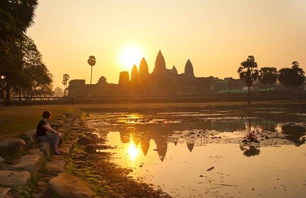 Discover Angkor Wat Tour and Vietnam Journey