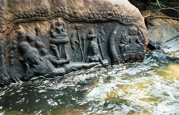 Kbal Spean, Banteay Srei & Banteay Samre Private Day Tour