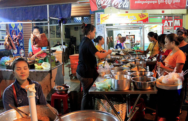 Wonderful Night of Siem Reap Street Food Tour
